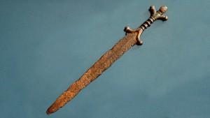 Кельтский меч с антропоморфным эфесом